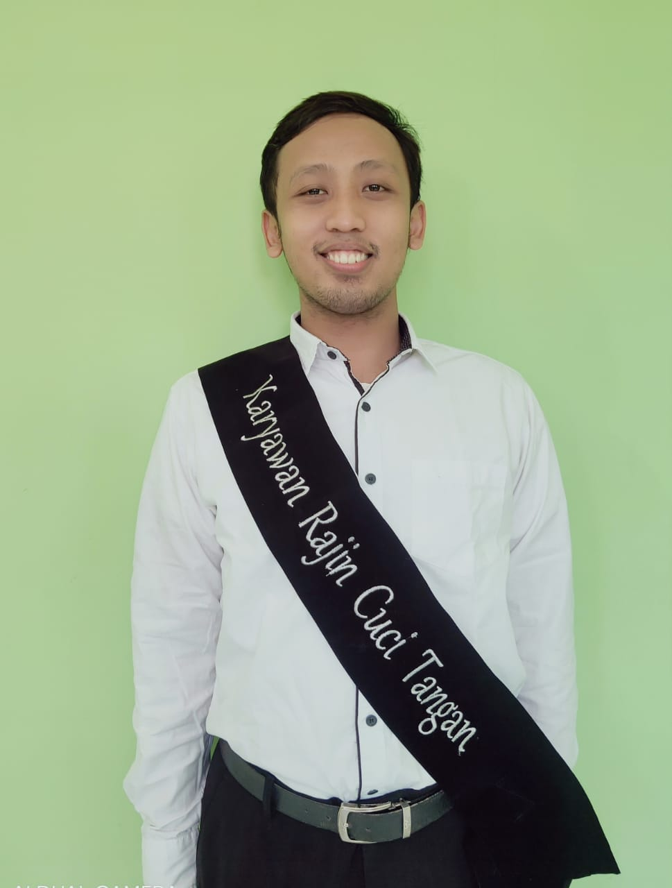 Karyawan Rajin Cuci Tangan Dengan Benar (Kamal Burhanuddin, A.Md.)